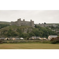 The par-4 second hole plays back toward the castle at Royal St. David's Golf Club.