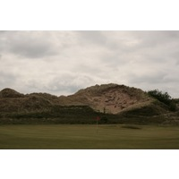 The par-5 10th hole plays along some of Royal St. David's tallest sand dunes.