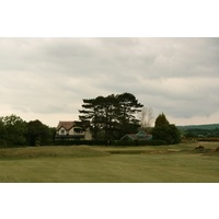 Porthmadog Golf Club's short par-4 16th hole.