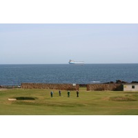 Dunbar Golf Club's par-3 third hole heads straight downhill towards the sea.
