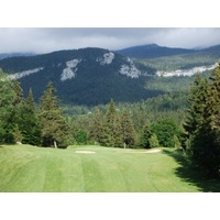 The par-4 17th hole at Correncon en Vercors Golf Club plays 246 meters from the championship tees and slightly downhill.