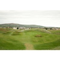The eighth hole at the Old Course at Ballybunion Golf Club is a par 3 with alternate greens.