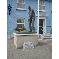 Before or after a round at Ballybunion Golf Club, every American should visit the Bill Clinton statue in the village.