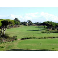 Oitavos' umbrella pines and sand dunes make for a naturally beautiful golf course.