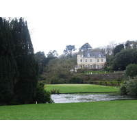 Stately Lisselan House overlooks the eighth green.